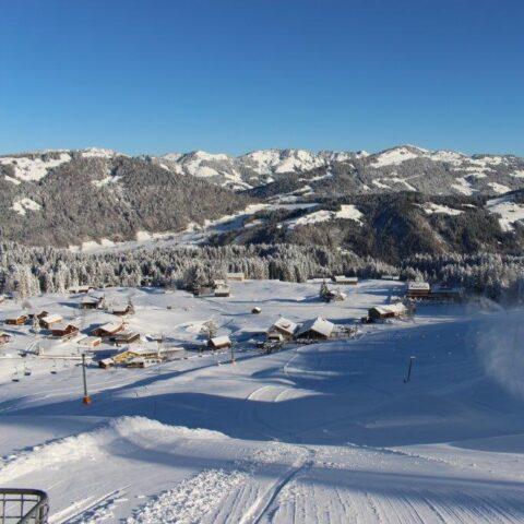 Panoramausblick Skigebiet Schetteregg